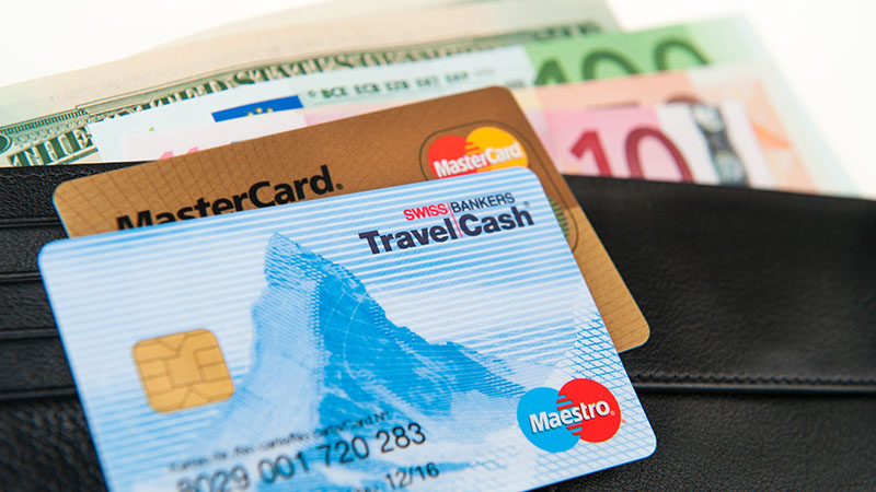 Kiểm tra tài chính trong du lịch