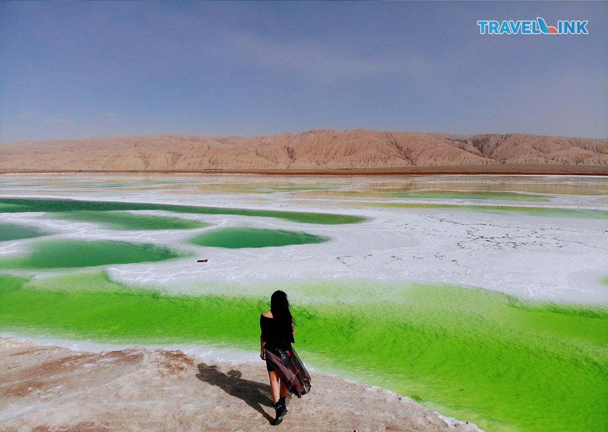 Hồ ngọc bích Mang Nhai (Thanh Hải, Trung Quốc) – Một vùng sóng nước xanh màu ngọc đẹp mơ màng